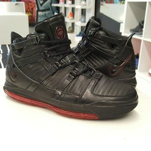 Nike Zoom LeBron 3 Black Crimson